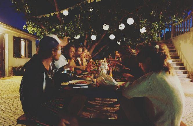Moka Surfhouse & Yoga Retreat Abendessen