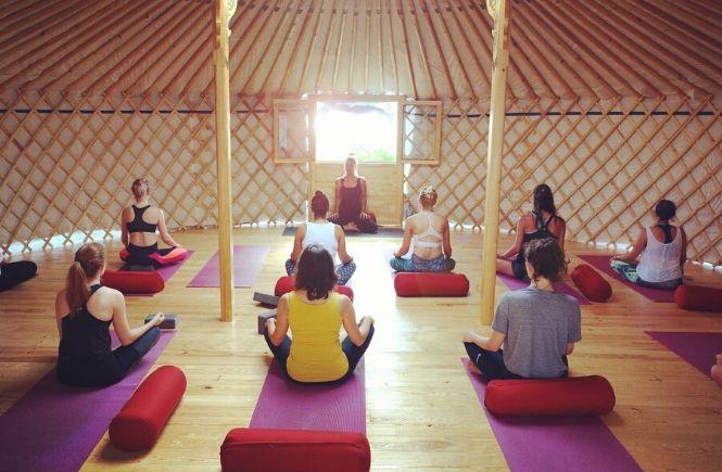 Moka Surfhouse & Yoga Retreat